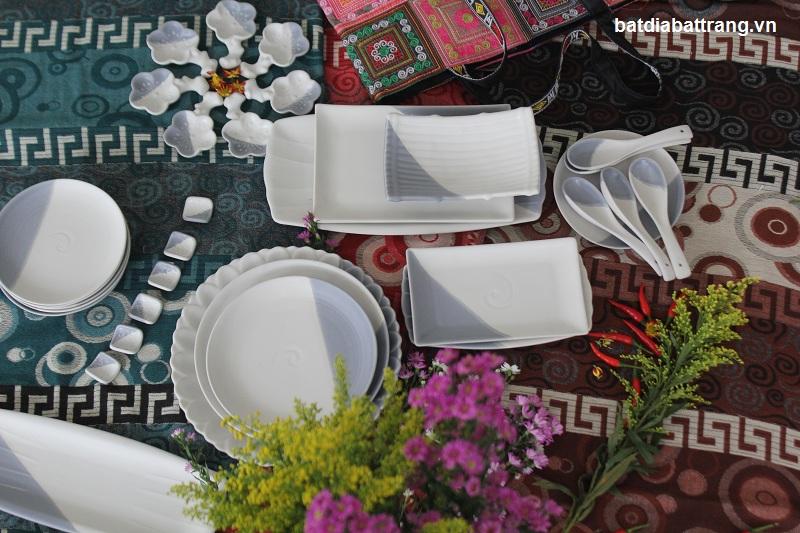 Bộ bàn ăn Mát Ghi Bát Tràng