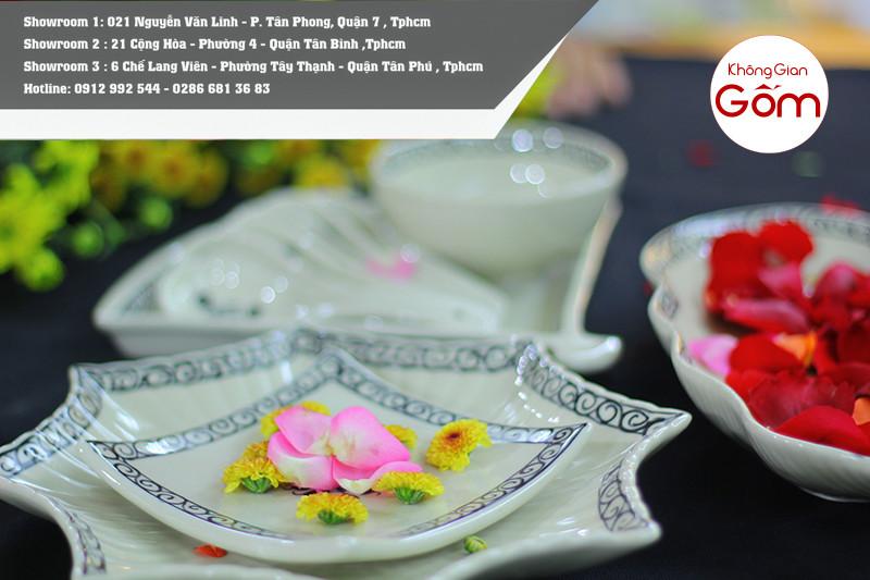 Bộ bàn ăn men trắng vẽ hoa dây