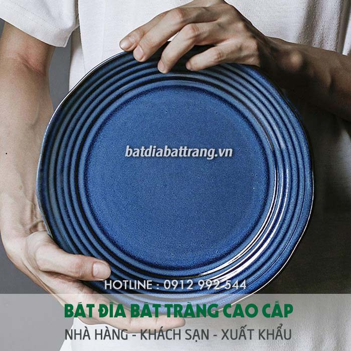 Đầu tư không gian nhà hàng và cơ sở vật chất, bát đĩa - Văn hóa ăn buffet, Ứng xử sao cho đúng chuẩn?