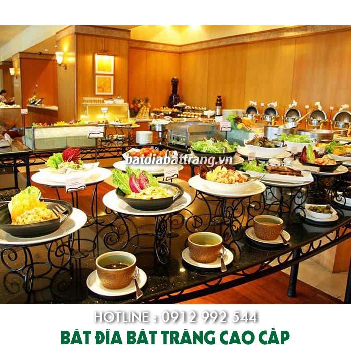 Mở nhà hàng buffet bình dân nhưng vẫn đắt khách