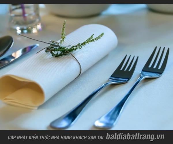 Tìm hiểu Cutlery - Bộ Cutlery trên bàn tiệc gồm có những gì?