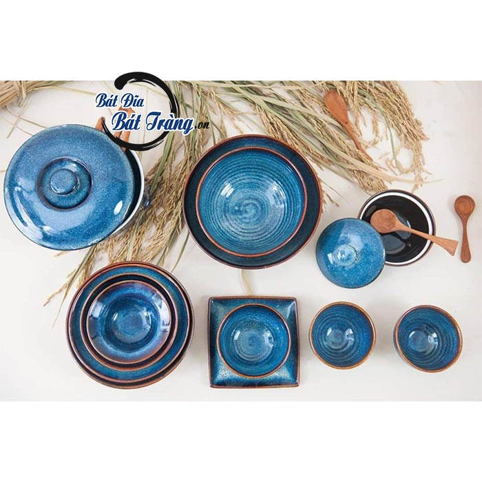 Bộ bát đĩa men xanh cobalt viền nâu