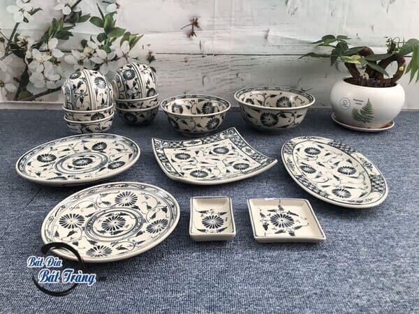 bát đĩa cổ xưa