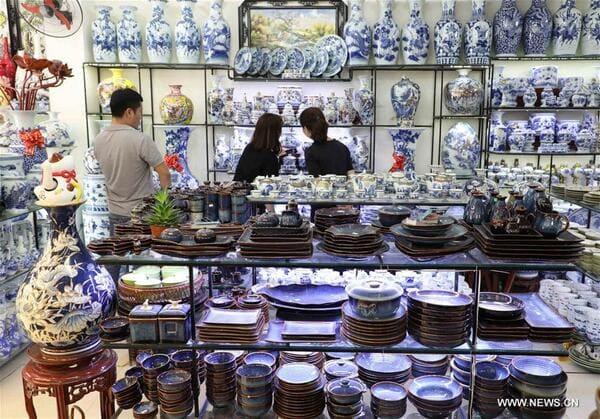 chợ gốm Sài Gòn Nguyễn Phúc Nguyên, bát dĩa Bát Tràng