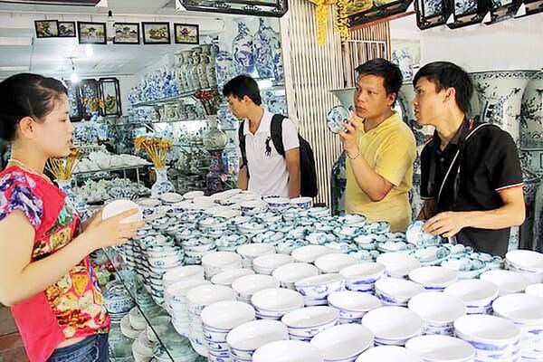 Con đường gốm sứ Mang tên Nguyễn Phúc Nguyên