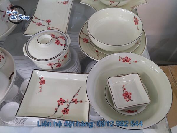 bộ bát đĩa đào đỏ viền đen