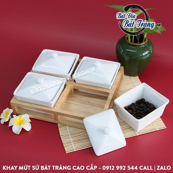 Khay đựng bánh kẹo sứ vuông 4 ngăn kèm khay gỗ - Bát đĩa Bát Tràng