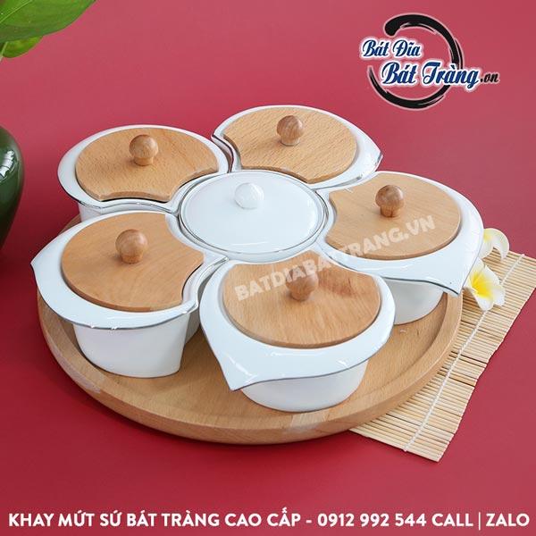 Khay mứt sứ 6 ngăn nắp gỗ hoa mai kèm khay gỗ - Bát đĩa Bát Tràng